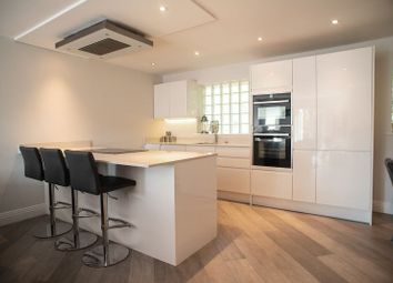 2 bed maisonette for sale in Meridian Close, London NW7