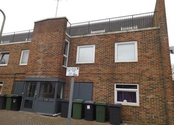 Thumbnail 4 bed flat to rent in Lower Brook Street, Winchester