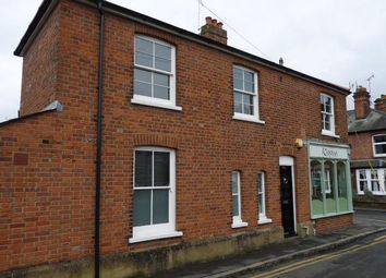 Thumbnail 1 bed flat to rent in Station Road, Marlow