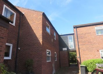 Thumbnail 1 bedroom flat to rent in Kingsley Road, Loughton