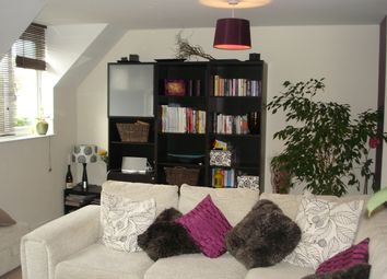 2 bed maisonette to rent in Hutley Drive, Colchester CO4