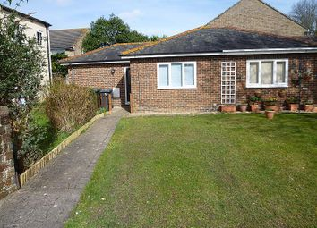 Thumbnail 1 bedroom bungalow to rent in Leigh Road, Havant