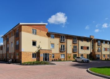 Thumbnail 2 bed flat to rent in Thornton Close, Leatherhead