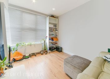 Thumbnail 1 bed flat to rent in Walters Road, London