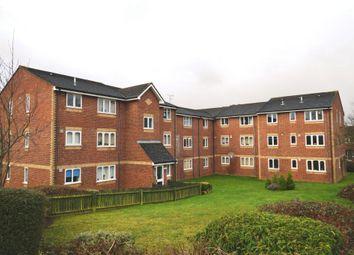 Thumbnail 1 bed flat to rent in Sandown Road, Watford