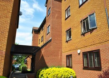 Thumbnail 1 bed flat to rent in Cumberland Place, London