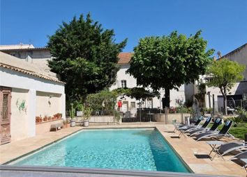 Thumbnail 12 bed town house for sale in Near Avignon, Gard, Provence