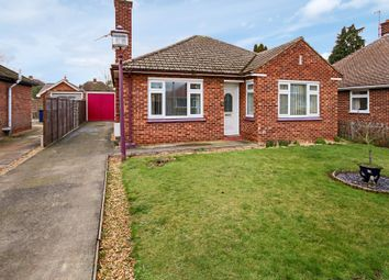 Thumbnail 2 bed detached bungalow to rent in Home Close, Histon, Cambridge