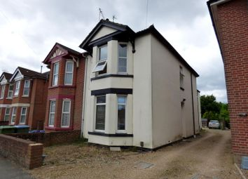 Thumbnail 2 bedroom maisonette to rent in Radstock Road, Southampton