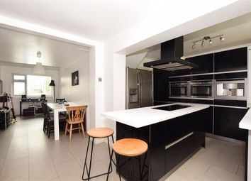 4 bed detached house for sale in Cobbs Close, Wateringbury, Maidstone, Kent ME18
