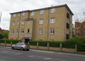 Thumbnail 2 bed flat to rent in Manchester Road, Isle Of Dogs, London