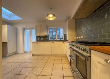 Thumbnail 3 bed flat to rent in Hewitt Avenue, Wood Green