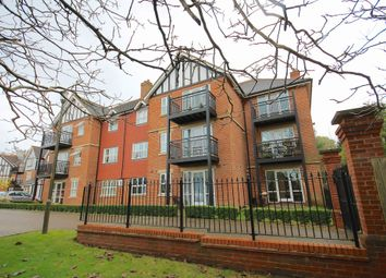 Thumbnail 2 bedroom flat to rent in St. Johns Road, East Grinstead