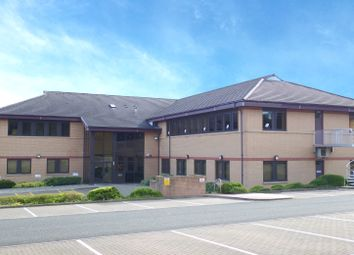Thumbnail Office to let in Saltire Centre, Glenrothes