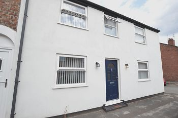 Thumbnail 2 bed end terrace house to rent in Brock Street, Macclesfield