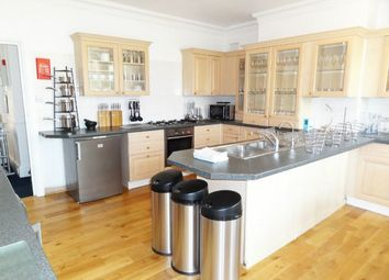 Thumbnail 6 bed shared accommodation to rent in Somerhill Road, Hove