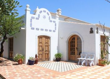 Thumbnail 4 bed villa for sale in Portugal, Algarve, Moncarapacho