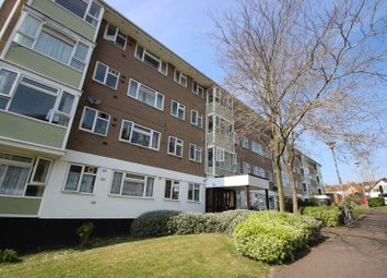 Thumbnail 3 bed flat to rent in Southfield Park, Oxford