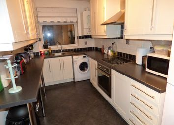 Thumbnail 2 bedroom flat for sale in Park Road, New Barnet