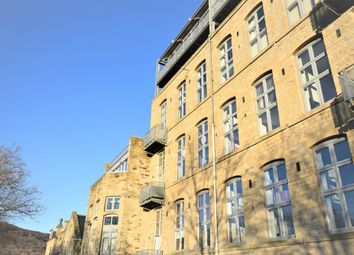 Thumbnail 2 bed flat to rent in Park Road, Elland