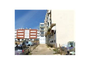 Thumbnail Parking/garage for sale in Mafra, Mafra, Mafra
