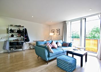Thumbnail 1 bed flat to rent in Chadwell Lane, Hornsey