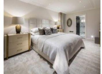 3 Bed Penthouse Queen Street, London W1J