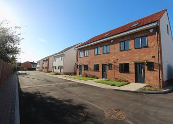 Thumbnail 4 bed end terrace house for sale in Kings Walk, Bristol
