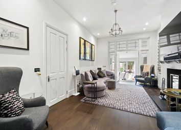 Thumbnail 6 bed property to rent in Esmond Road, Chiswick