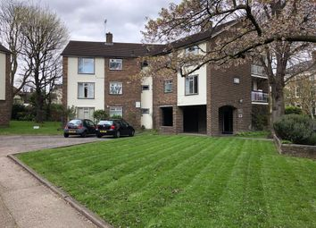 Thumbnail 2 bed flat to rent in Alwyne Road, London