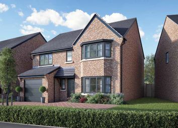 Thumbnail 4 bed detached house for sale in Kings Crest, Stafford