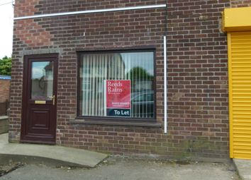 Thumbnail 1 bed flat to rent in Church Street, Hibaldstow, Brigg