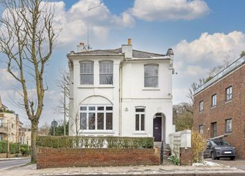 North End Way, London NW3. 2 bed flat for sale