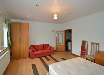 Thumbnail 4 bed flat to rent in Abbey Parade, London