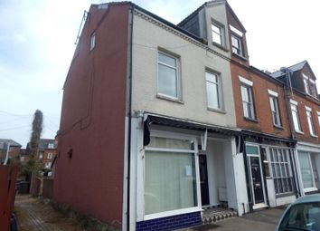 Thumbnail 1 bed flat to rent in Manning Road, Felixstowe