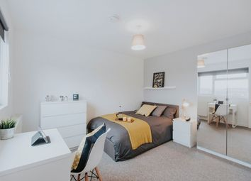 Thumbnail 6 bed shared accommodation to rent in Yarrow Close, Warwickshire