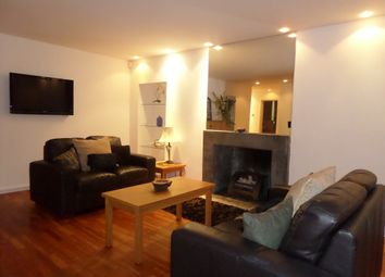 Thumbnail 3 bed flat to rent in Crown Terrace, Glasgow