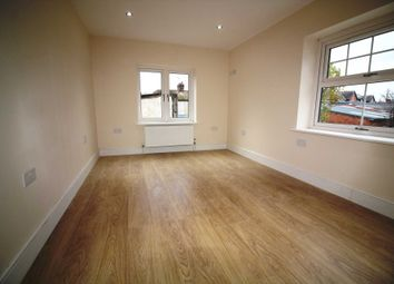 Thumbnail Room to rent in Champion Road, Caversham, Reading