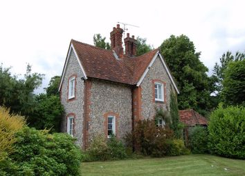 Thumbnail 3 bed cottage to rent in King Street, Odiham, Hook