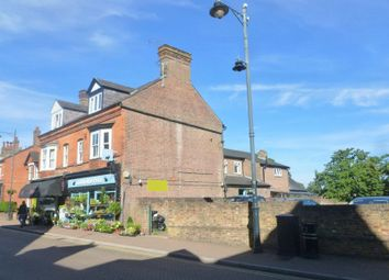 Thumbnail 3 bedroom flat for sale in High Street, Tring