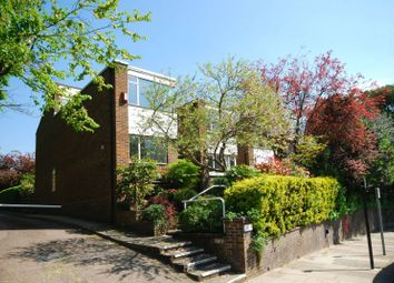 Thumbnail 3 bedroom property to rent in Lindfield Gardens, Hampstead
