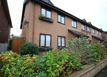 Thumbnail 2 bed flat to rent in Victoria Court Victoria Road, Hythe