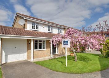 Thumbnail 4 bedroom detached house for sale in Greenacres Close, Farnborough, Orpington