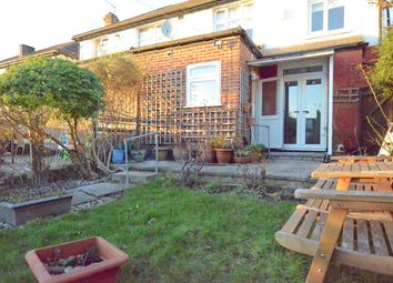 Thumbnail 4 bedroom detached house to rent in Upsdell Ave, Palmers Green