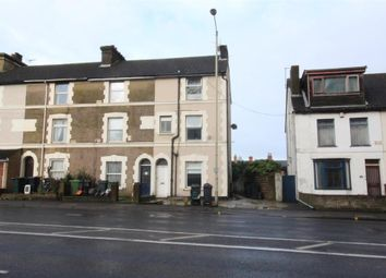 Thumbnail 1 bed flat to rent in Somerset Road, Ashford, Kent