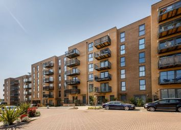 Thumbnail 2 bed flat for sale in Apple Yard, Penge, London