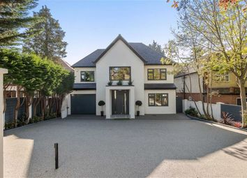 Thumbnail 6 bed detached house for sale in Barnet Road, Arkley, Hertfordshire