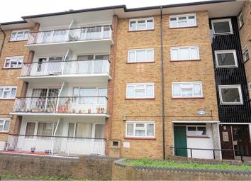 Thumbnail 2 bed flat for sale in Queen Street, Gravesend