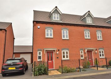 Thumbnail 4 bed town house for sale in Kempton Drive, Barleythorpe, Oakham