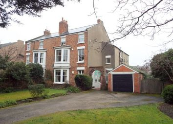 Thumbnail 2 bed flat to rent in Valentia Road, Hoylake, Wirral